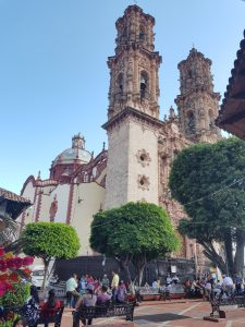 church taxco place